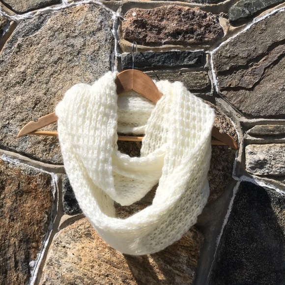 Free State Accessories - Ivory knit infinity scarf